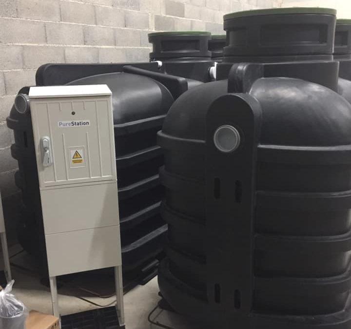 Livraison de l'installation d'assainissement autonome : micro station d'épuration